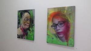 Wieder ein Morgen mit Ecken und Kanten, 2014, oil mix technique on canvas, 60 x 45 cm; Die Trauer überschwemmte ihr Herz, 2014, oil mix technique on canvas, 60 x 45 cm