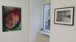 Thai Ho Pham, Caravaggios Träume, 2012, oil mix technique on canvas, 100 x 75 cm Holger Zimmermann, Gelbes Fass, 2008, Photograph, Edition 5 + 2 E.A., 30 x 40 cm