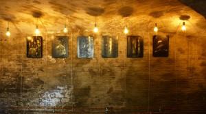 Maria Kossak, Zyklus Mythen der Liebe, 2013, Goldpigment, Wasserfarbe und Acryl auf lackiertem Holz, 40 x 30 cm